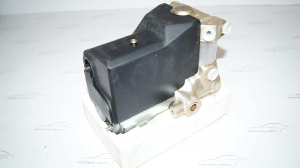 0014318012 0265200026 ABS HYDRAULIC UNIT, BRAKE PRESSURE REGULATOR €3,000.00 c