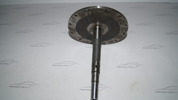 1002000632 W100 waterpump shaft €1,800.00 600
