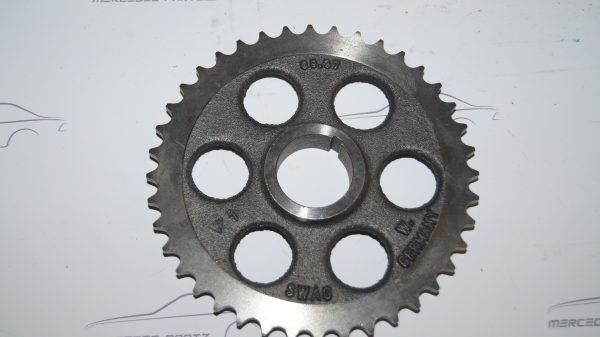 1800520601 Camshaft gear €100.00 1946-1955