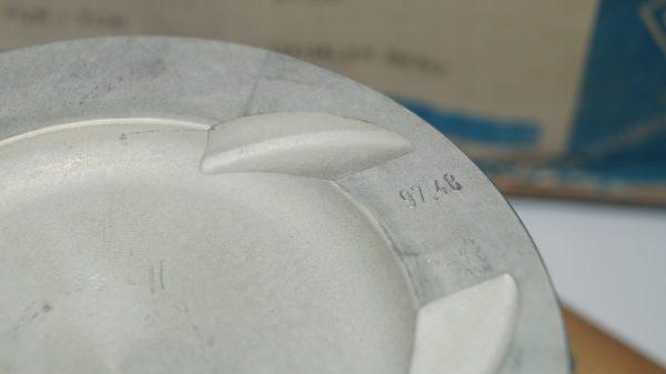 1170309317 M117 5.0 Kolbenschmidt 97.5 mm (+1.00 mm oversize) piston set €760.00 M117