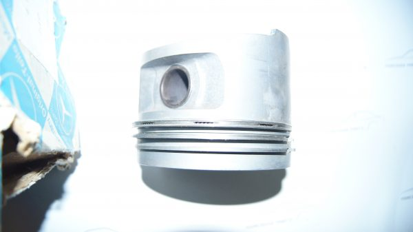 1000306317 M100 piston set (set of 8) 103.48 mm €0.00 600
