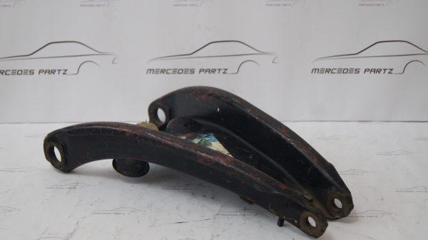 1093300207 W109 Bottom Left Transverse Control Arm €350.00 HeckFlosse-Fintail