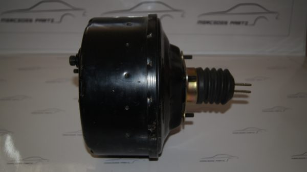0024306830  Brake booster Assembly €500.00 Chassis