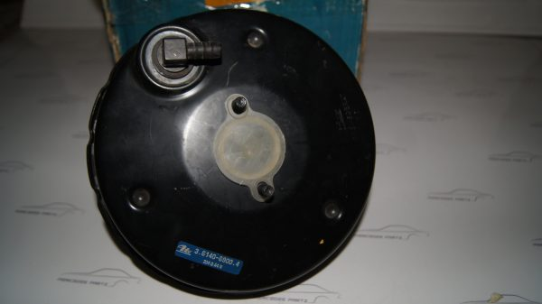 0004304830 W110 Brake Booster €880.00 Chassis