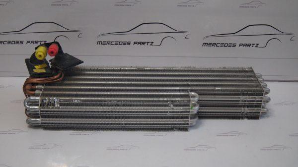 1268300158 W126 Evaporator €250.00 Chassis