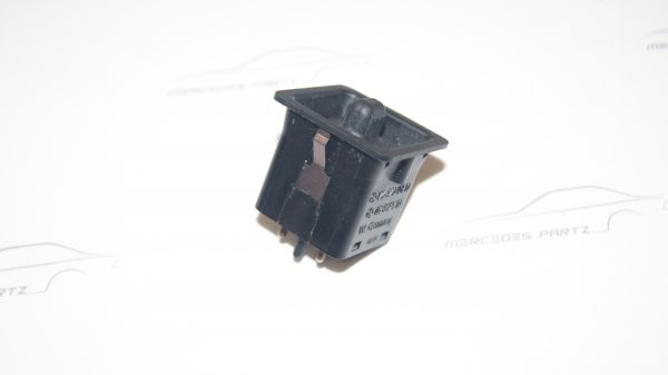 1268200810 W126 Side Mirrors Switch €40.00 Chassis