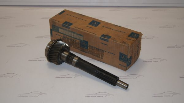 1172601920 716.100 Drive Shaft €400.00 Chassis