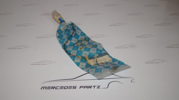 1100700132 M110 Cyl No.1 Fuel Line €78.00 Chassis
