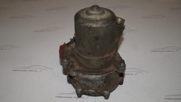 0010915201 Fuel Pump €0.00 Brand
