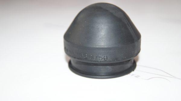 1004630856 W100 Pitman Dust cap €35.00 Brand