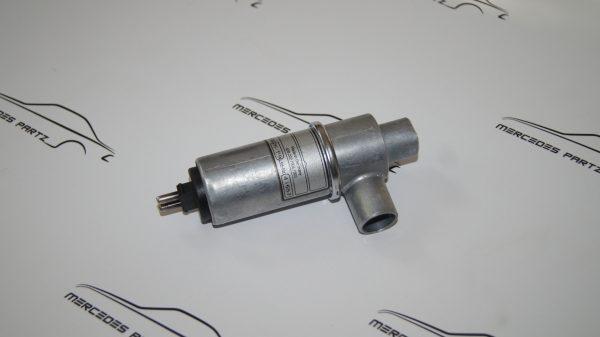 0001411425 M117 5.0 Idle Speed Control €550.00 Brand