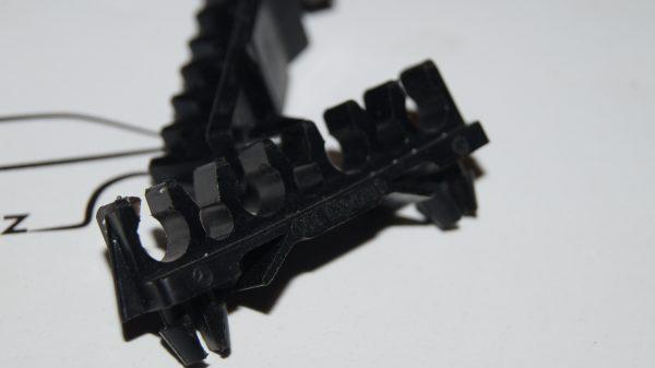 0001590140 Ignition Wire Retainer Clip €15.00 Brand