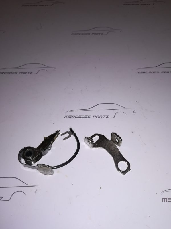 0001580790 Distributor Contact point €30.00 Genuine Mercedes Part