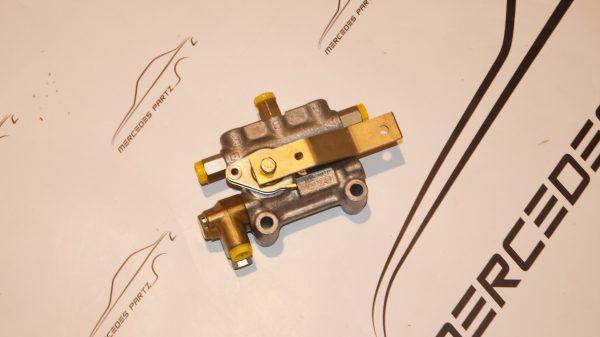 lf/vnc 3/1 , W100 W112 W109 air suspension valve ,A0003272025 , 0003272025