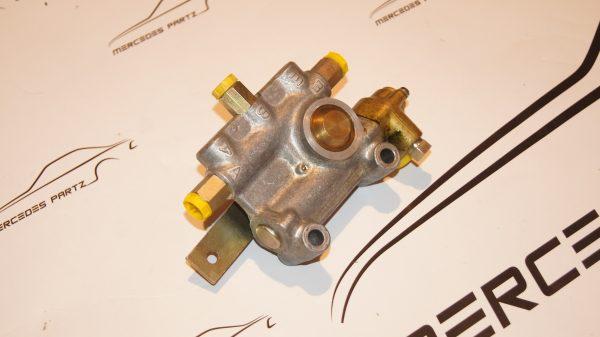 W100 W112 W109 air suspension valve ,lf/vnc 3/1 , A0003272025 , 0003272025