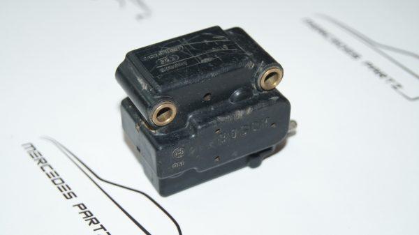 A0000703962 , 0000703962 , 2437020007 ,m102 m116 m117 m119 electro hydraulic pressure selector