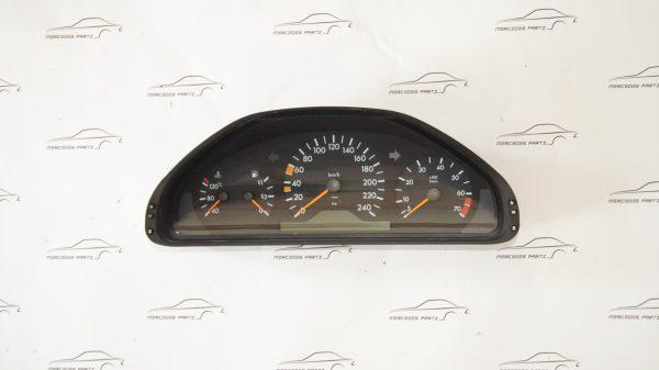 2105407147 W210 E200 E230 instrument cluster (USED) €90.00 Genuine Mercedes Part