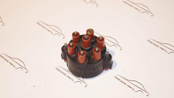 Bosch 1235522329 , A0001584402 , 0001584402 , M110 distributor cap