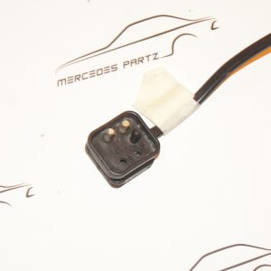 7096 mercedes connector socket