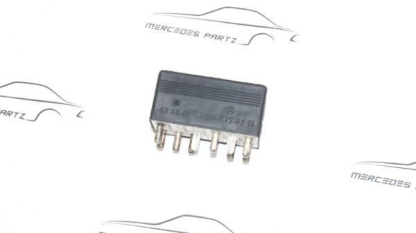 A0015428219 , 0015428219 , W124 R129 W140 W202 coolant auxiliary fan relay