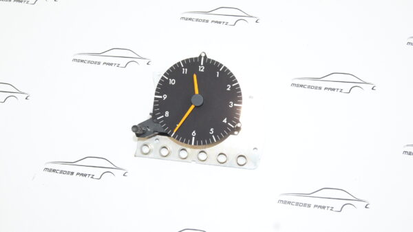 A1245420011 , 1245420011 , VDO 370.218/075/001 , W124 diesel clock