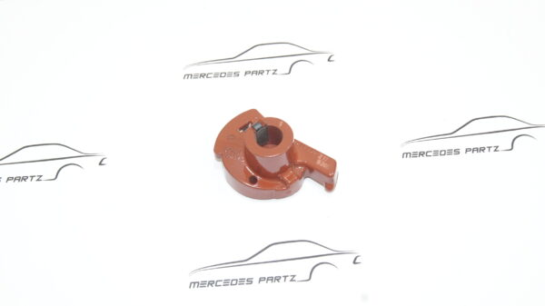 A0001582831 , 0001582831 , Bosch 1234332217 , M100.985 450SEL 6.9 distributor rotor