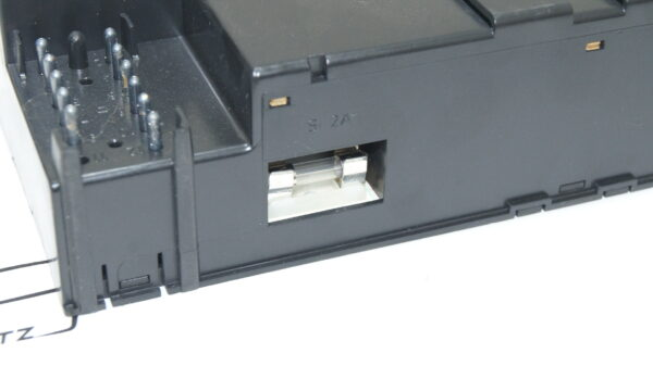 A2018300585 , 2018300585 , W201 climate control operating unit up to model 86
