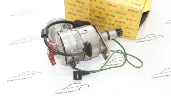 A0021581601 , 0021581601 , 0231403009 , Bosch 0231403009 , M116 3.5 D-jetronic ignition distributor