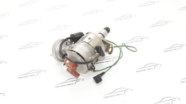 A0021581601 , 0021581601 , 0231403009 , Bosch 0231403009 , M116 3.5 350 D-jetronic ignition distributor